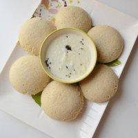 Jowar Idlis | Idlis with Urad dal and Jowar flour